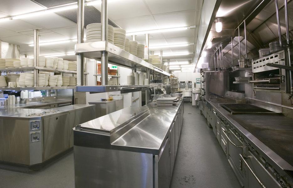 Pulizia cucine industriali con le imprese di pulizia - Pulizia cucina ristorante ...